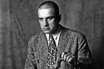 Тест «КП»: Что вы знаете о Владимире Маяковском?