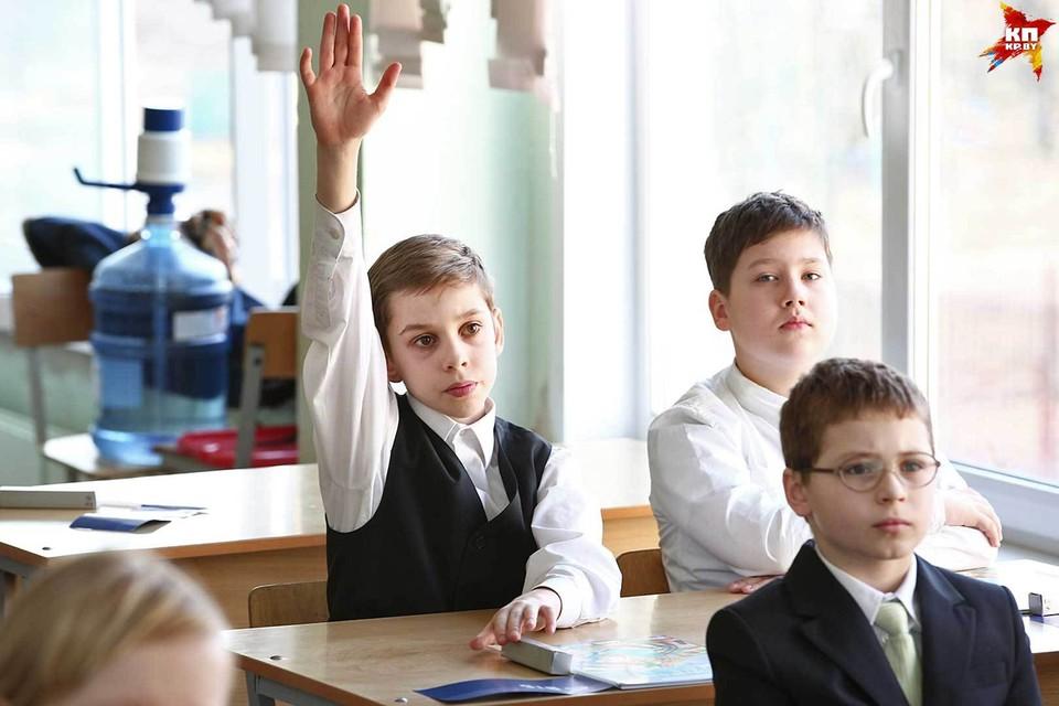 В новом учебном году занятия в школах будут начинаться на час позже, что отразиться и на расписании внешкольных секций и кружков