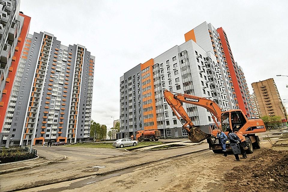 В такие дома, как эти на Бескудниковском бульваре, будут переселять жителей из хрущевок.
