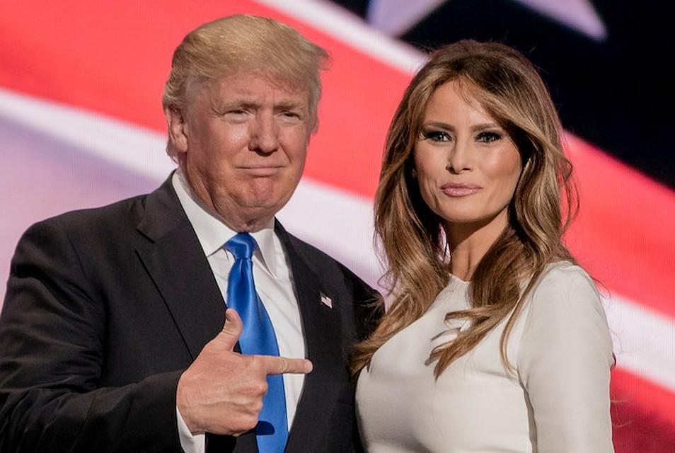 Картинки по запросу меланья трамп с охранником