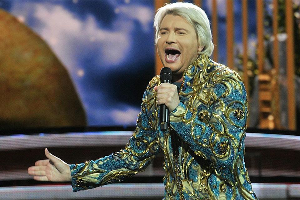 Николай Басков ответил на просьбу спеть бесплатно, как на «золотой свадьбе» судьи Хахалевой
