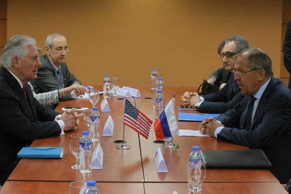 Главным вопросом переговоров Лаврова и Тиллерсона предсказуемо стали санкции. Фото: пресс-служба МИД РФ