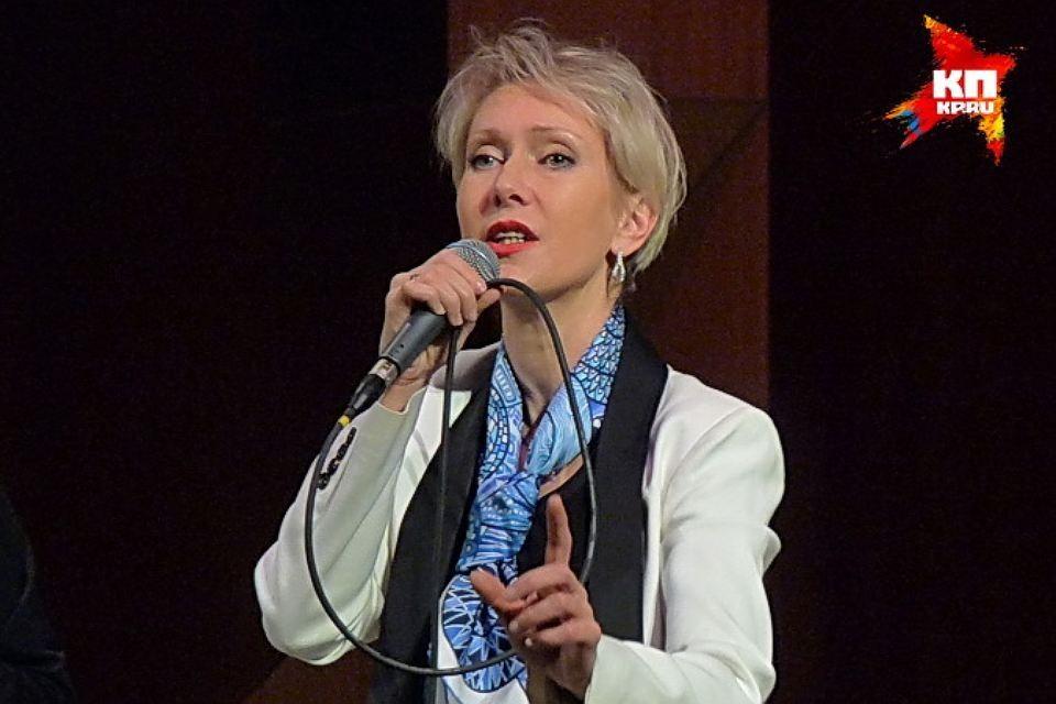 Певица и поэтесса Ирина Богушевская.