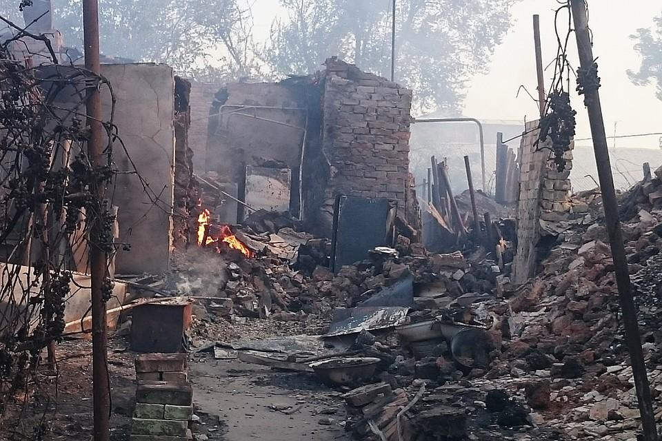 Крупный пожар оставил без крыши над головой 218 семей в Ростове.
