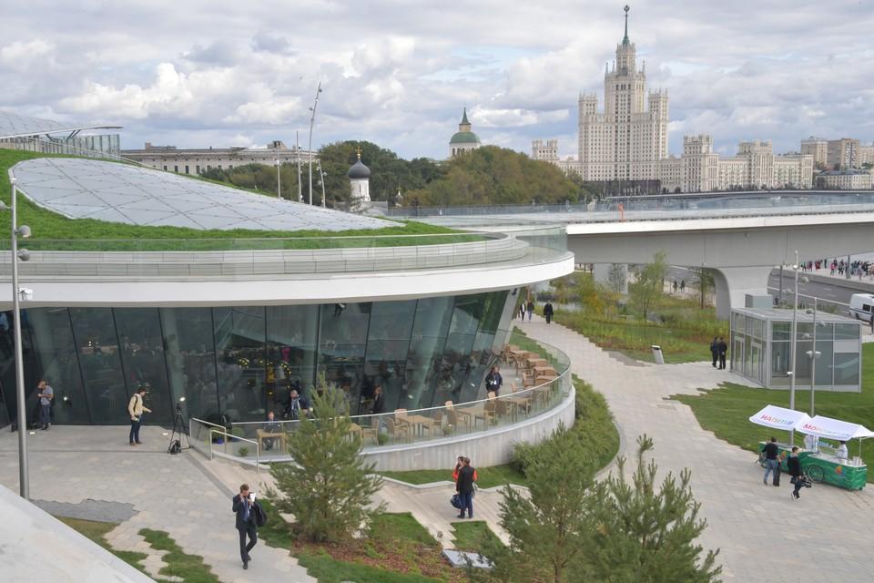 Корреспонденты «КП» в числе первых посетили новую зону для прогулок и отдыха возле Кремля