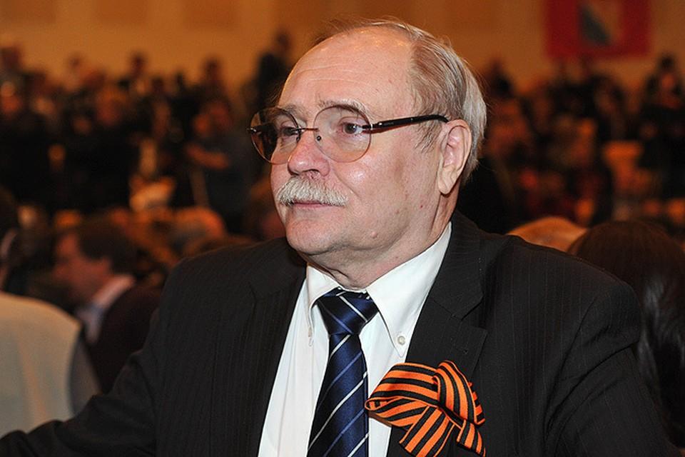 Владимир Бортко кинорежиссёр, сценарист и продюсер.