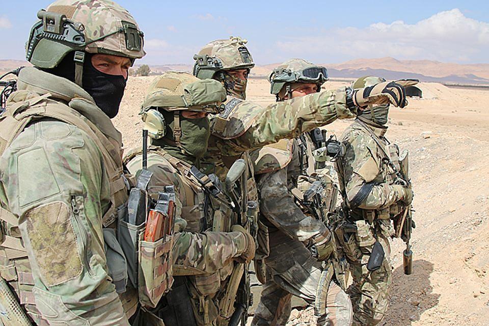 Российский спецназ в Сирии с боем вывел 29 бойцов военной полиции РФ из окружения
