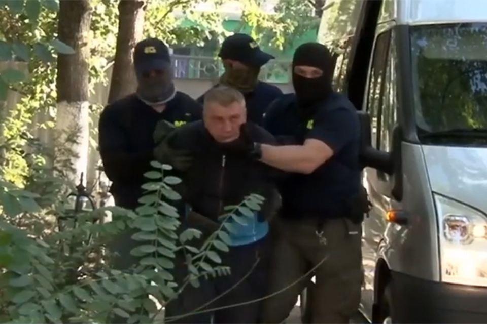 Сотрудники ФСБ задержали двух шпионов в Крыму
