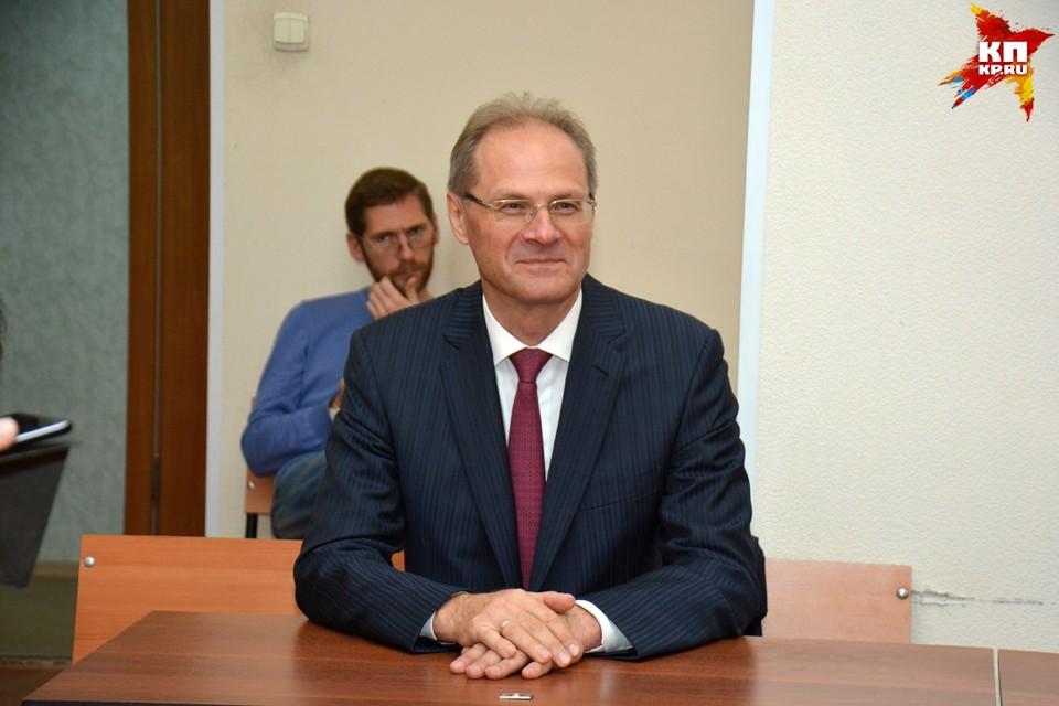 На суде Василий Юрченко улыбался, но приговором остался недоволен.