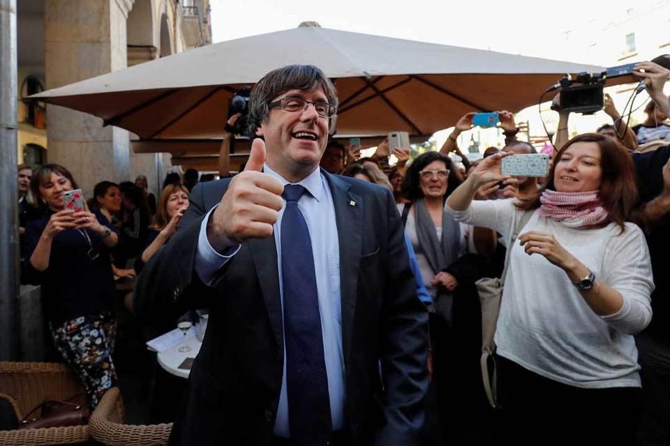 Глава правительства Каталонии Карлес Пучдемон всем доволен и никуда не собирается