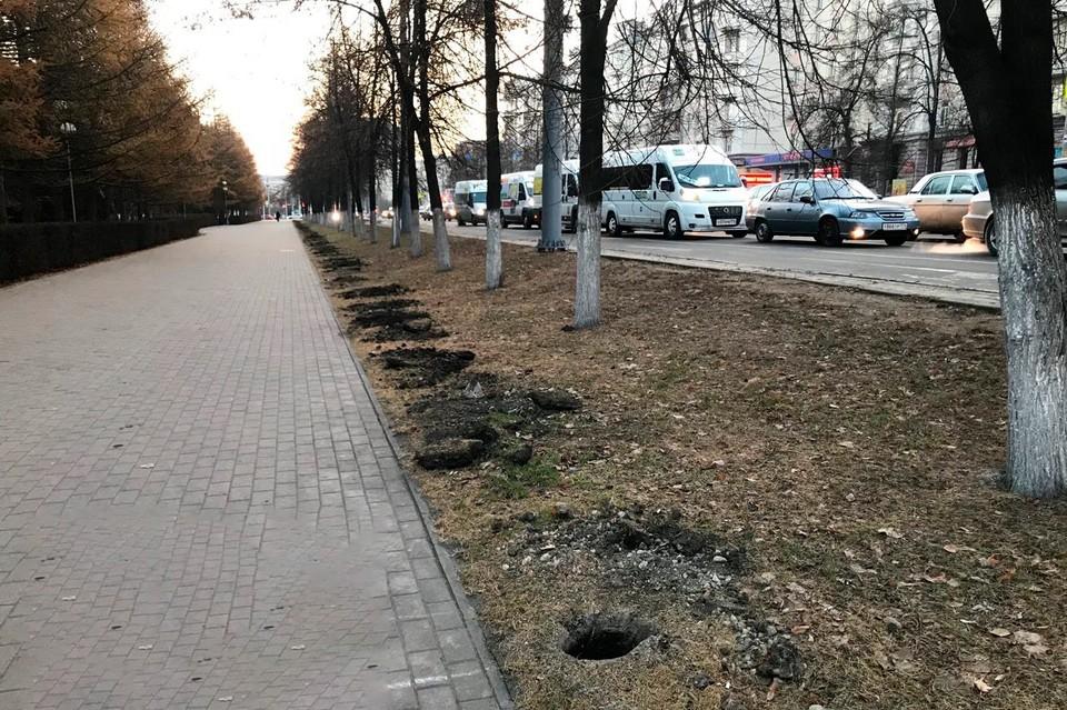 От кого защитит это ограждение? Фото: Челябинский урбанист