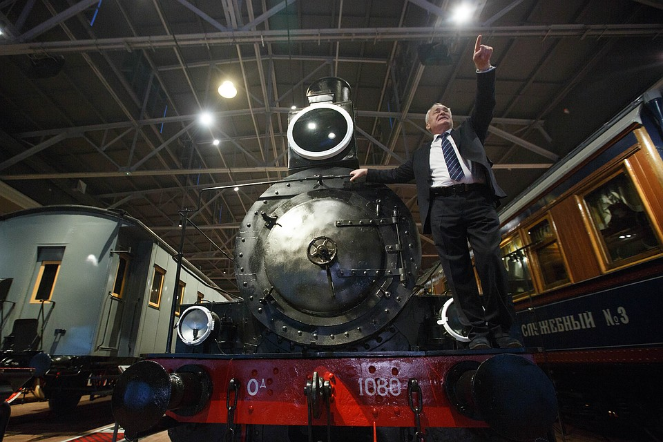 Бывший директор Исаакия Николай Буров покидает теперь и пост директора железнодорожного музея