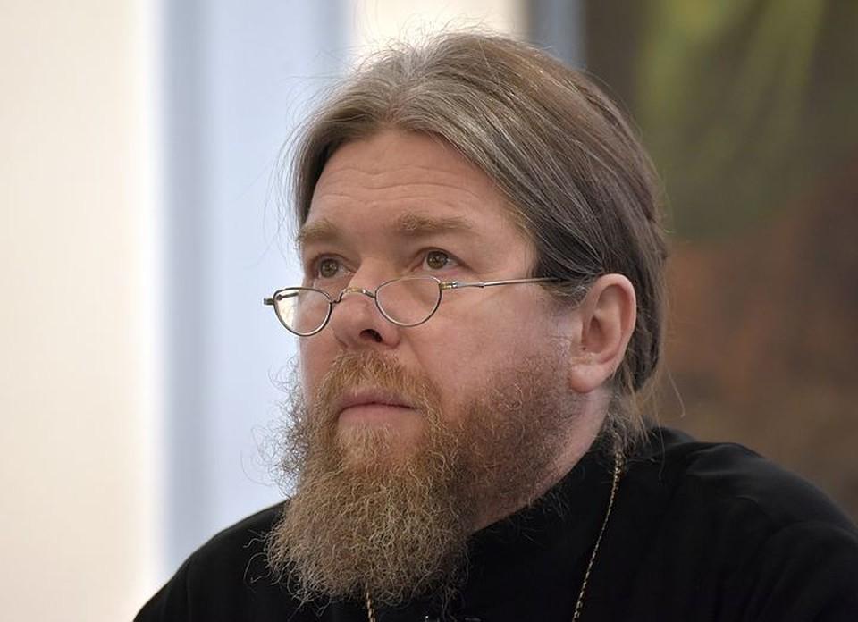 Епископ Тихон (Шевкунов): Шумиха вокруг версии ритуального убийства Романовых - мерзкая провокация!