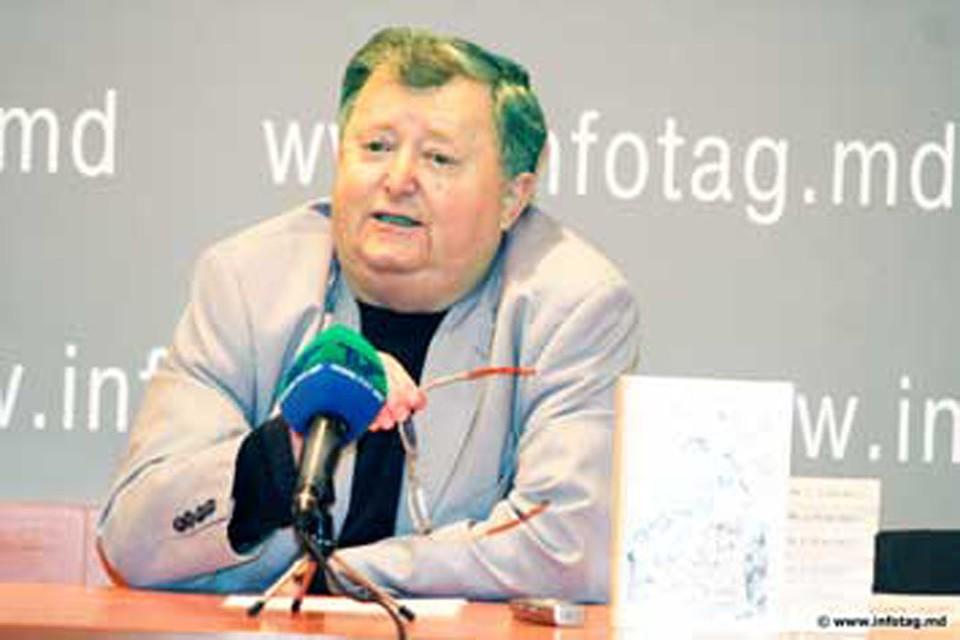 Сергей Евстратьев – писатель-сатирик №1 в Молдове. фото: Infotag