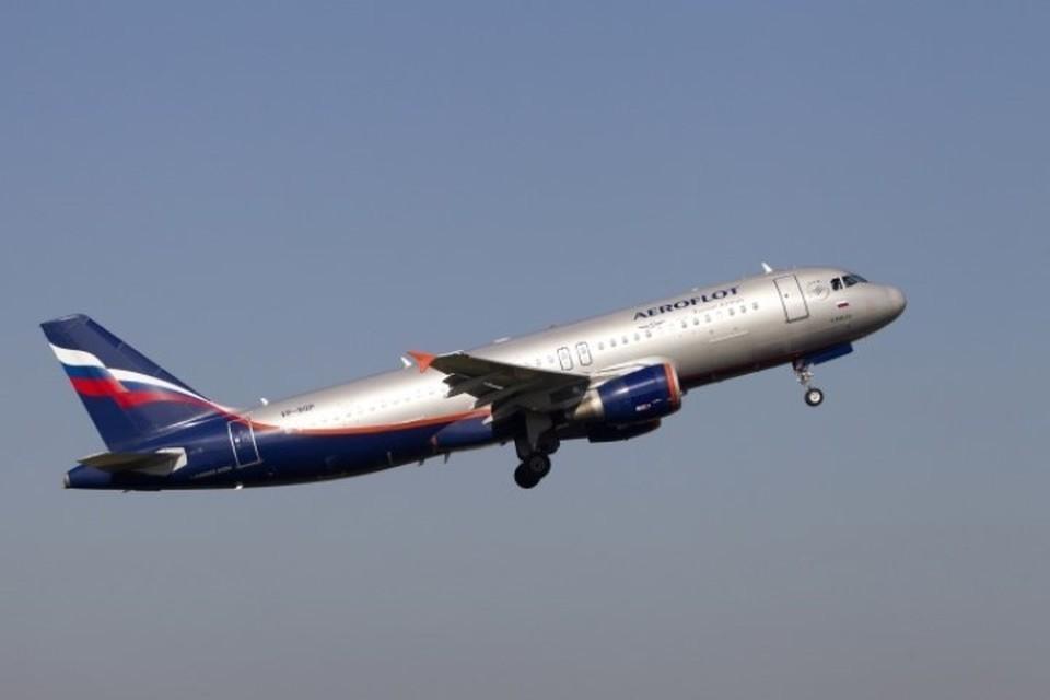 """Пилоты """"Аэрофлота"""" будут получать зарплату в 10 тысяч долларов"""