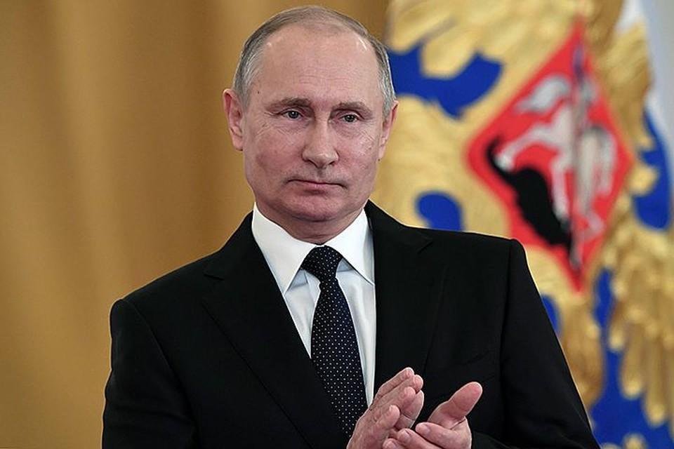 Путин отметил сходство между коммунизмом и христианством