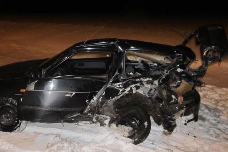 Фото ГАИ УВД Минского облисполкома Пьяная бесправница врезалась в Nissan и машину ГАИ в Узденском районе