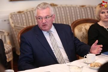 Министерство образования: «Стихотворение Тодора Кляшторного имеет блатную направленность»