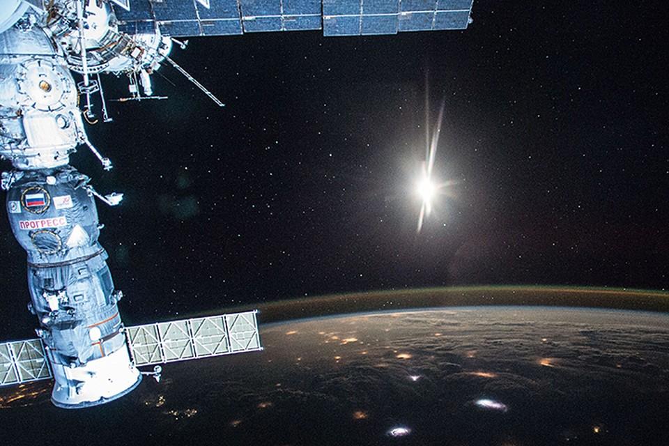 Несколько лет назад страны, создававшие Международную космическую станцию, договорились: она летает до 2024 года