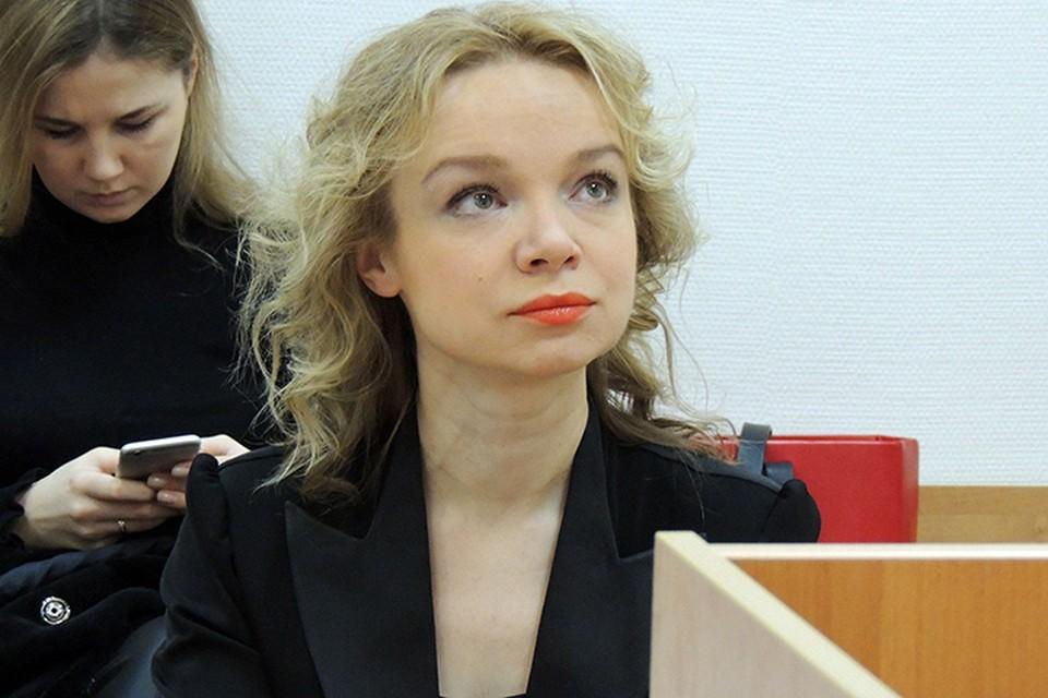 Виталина Цымбалюк-Романовская больше не является супругой Народного артиста СССР Джигарханяна.