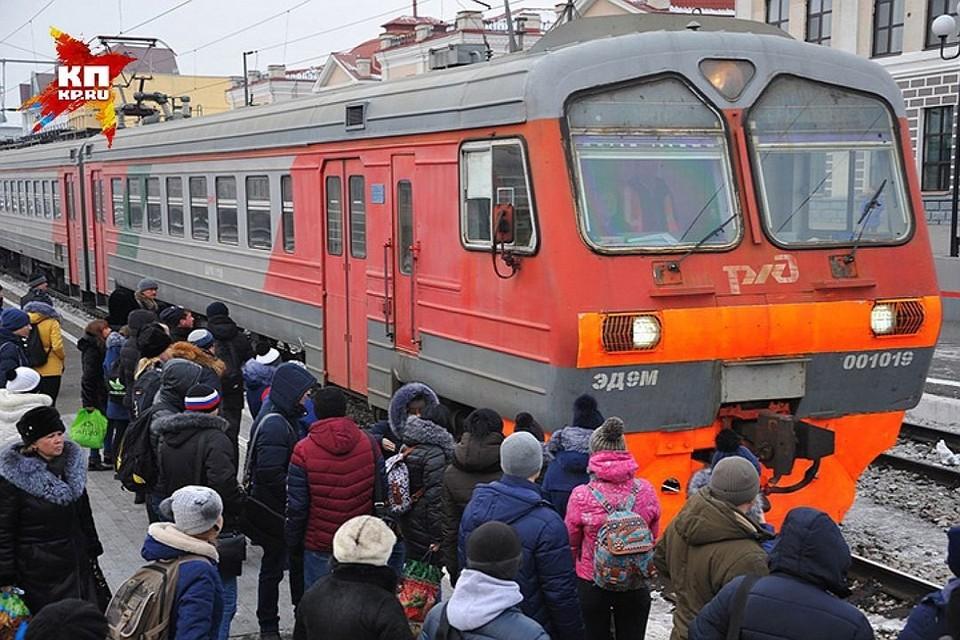 Движение электричек на Белорусском направлении в Москве восстановлено после сбоя