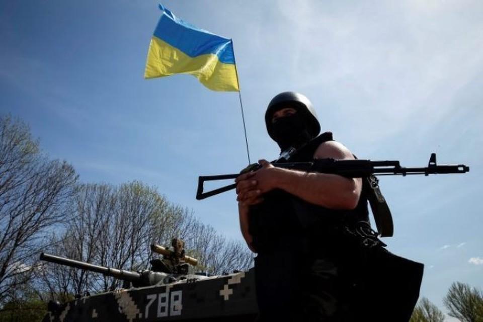 Киев обозначил свою поддержку военным преступникам из ВСУ подписанным законом о реинтеграции Донбасса.