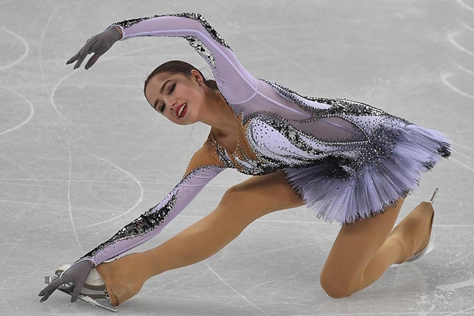 Алина Загитова - лидер короткой программы в женском фигурном катании на Олимпиаде в Пхенчхане