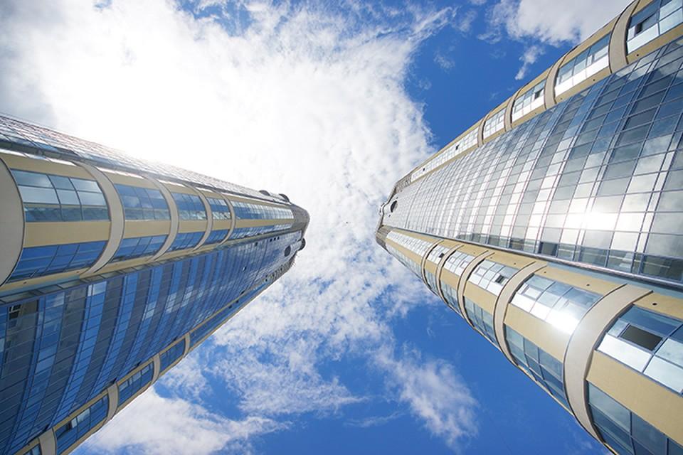 Многие россияне до сих пор уверены, что в небоскребах жить опасно