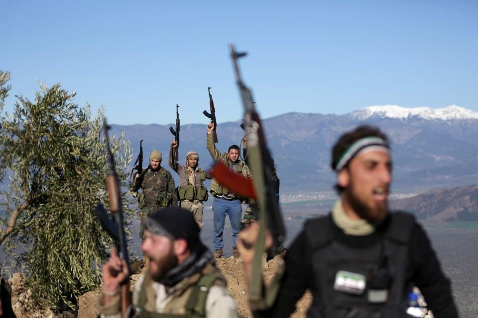 Боевики согласились отпустить не только мирных жителей, но и военнослужащих