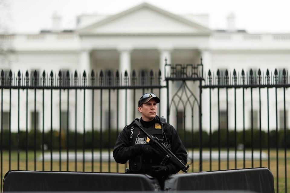 Белый дом уведомил Москву об отсрочке новых санкций