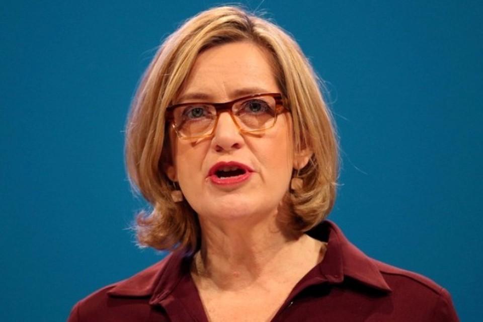 Министр внутренних дел Великобритании Эмбер Радд подала прошение об отставке