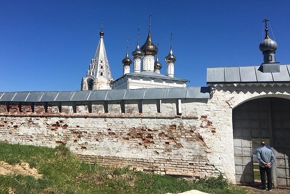 В гости к Богу. Свято-Троицкий монастырь.