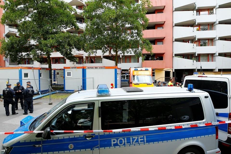 В Мюнхене неизвестный с ножом смертельно ранил женщину