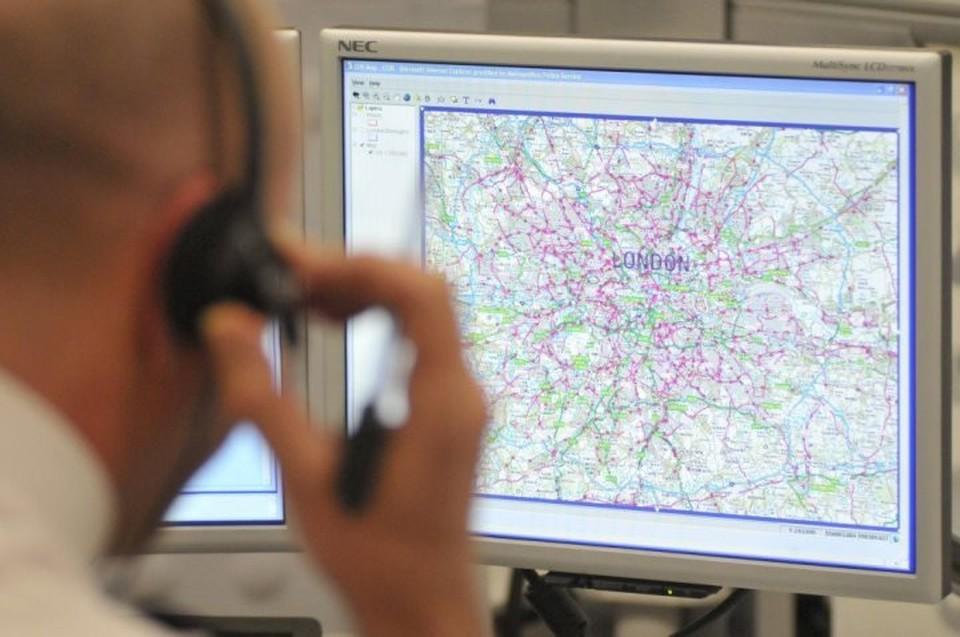 Полиция расследует причины взрыва в лондонской подземке