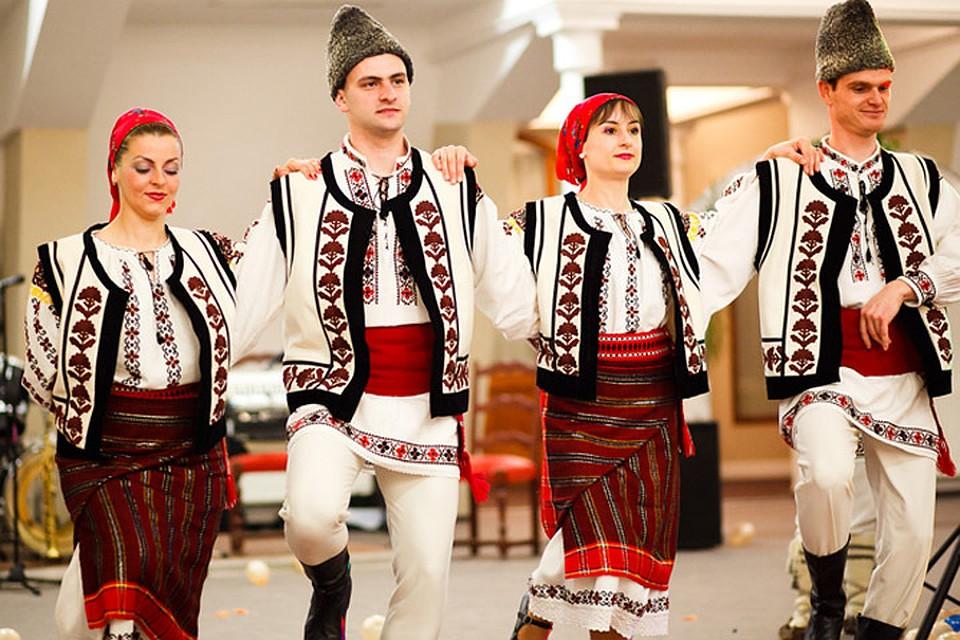 устойчивы абразивным фотосессия в молдавских костюмах после проекта алексей