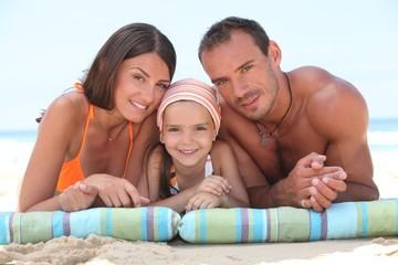 Как защититься от желудочно-кишечных инфекций во время отпуска?