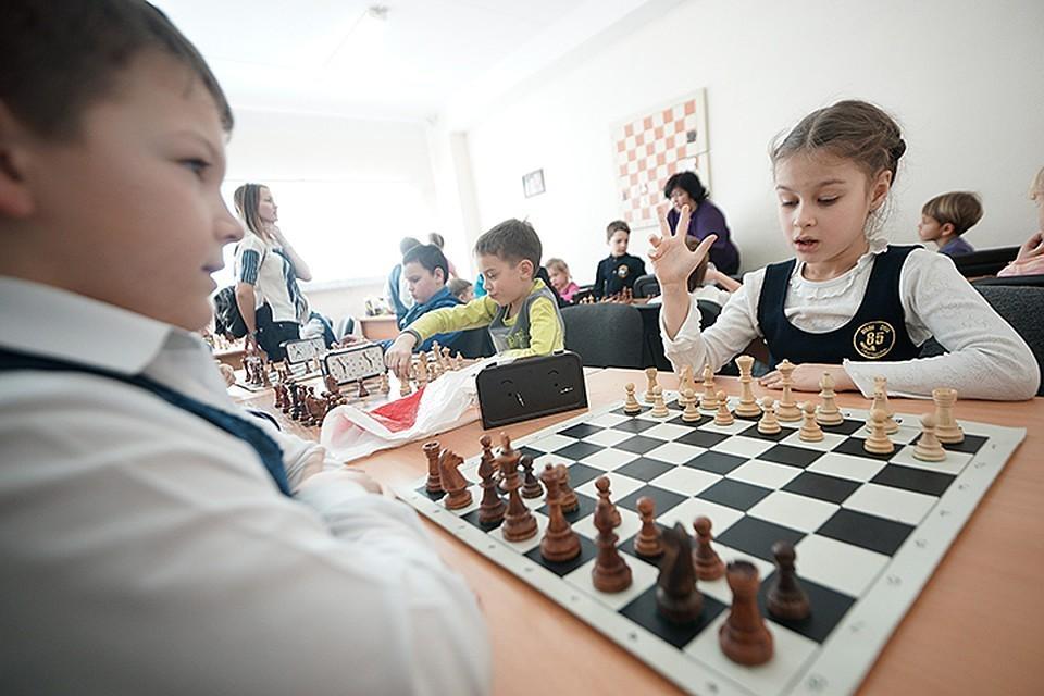 Обязательные уроки шахмат введут еще в 75 школах Москвы