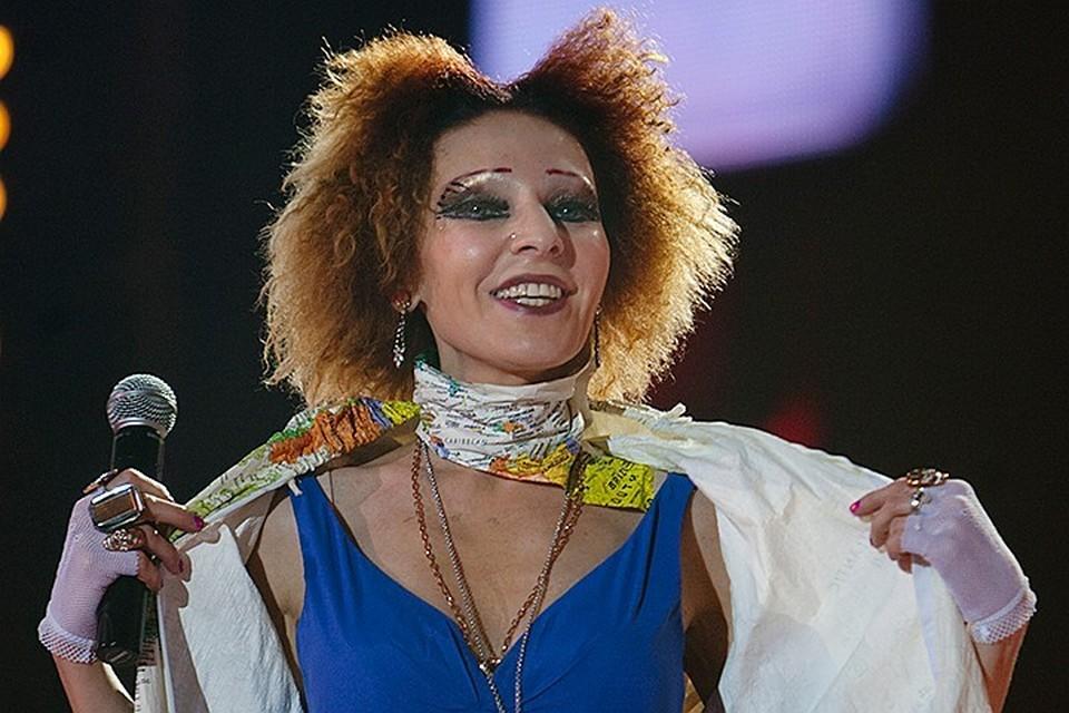"""Жанна Агузарова - """"инопланетянка"""" отечественной сцены."""