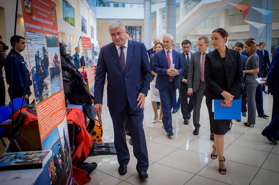 Глава МВД России Владимир Колокольцев и генеральный директор Агентства стратегических инициатив по продвижению новых проектов Светлана Чупшева.