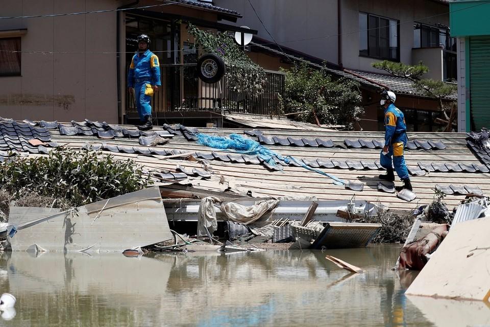 Жертвами наводнения в Японии уже стали почти 160 человек