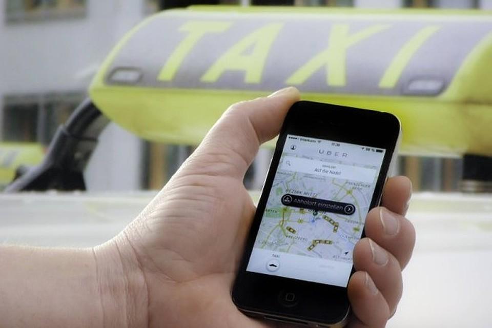 Таксисты Uber и Cabify приостанавливают работу в Барселоне