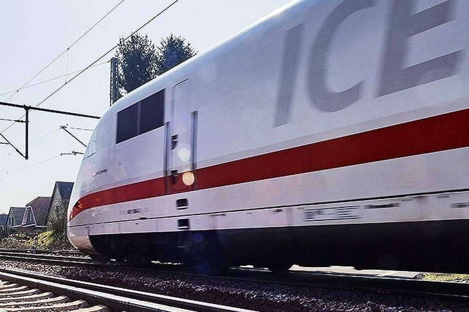 В Германии эвакуировали пассажиров скоростного поезда из-за подозрительной чашки Петри