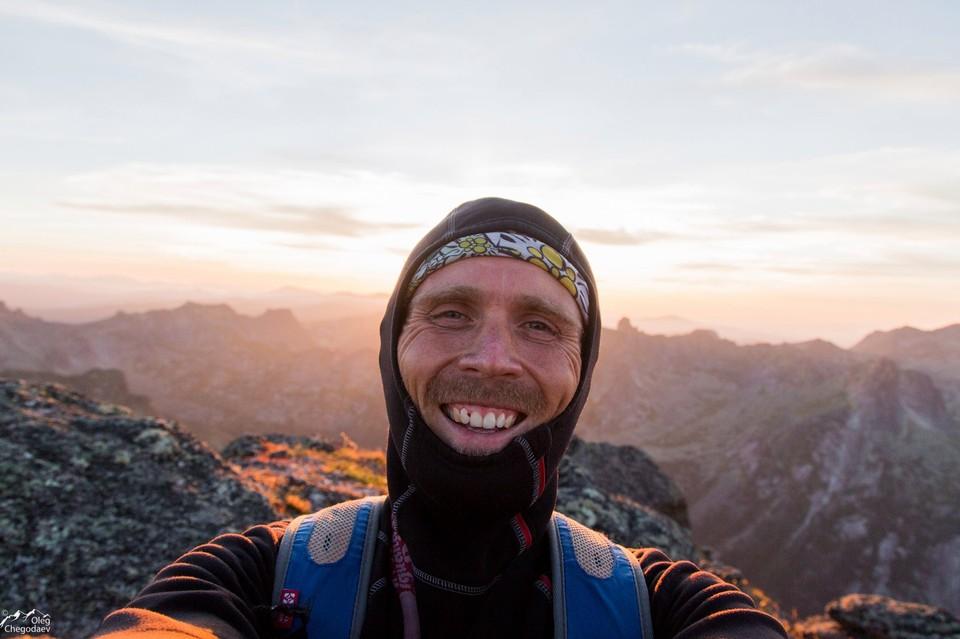 За плечами у путешественника восхождения на высоты Камчатки, Курильских островов, Алтая, Байкала