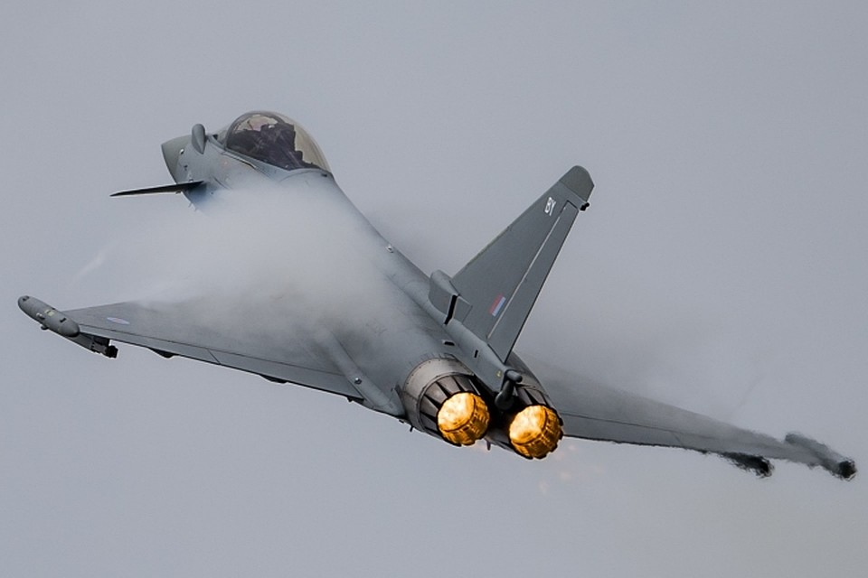 Истребитель Eurofighter