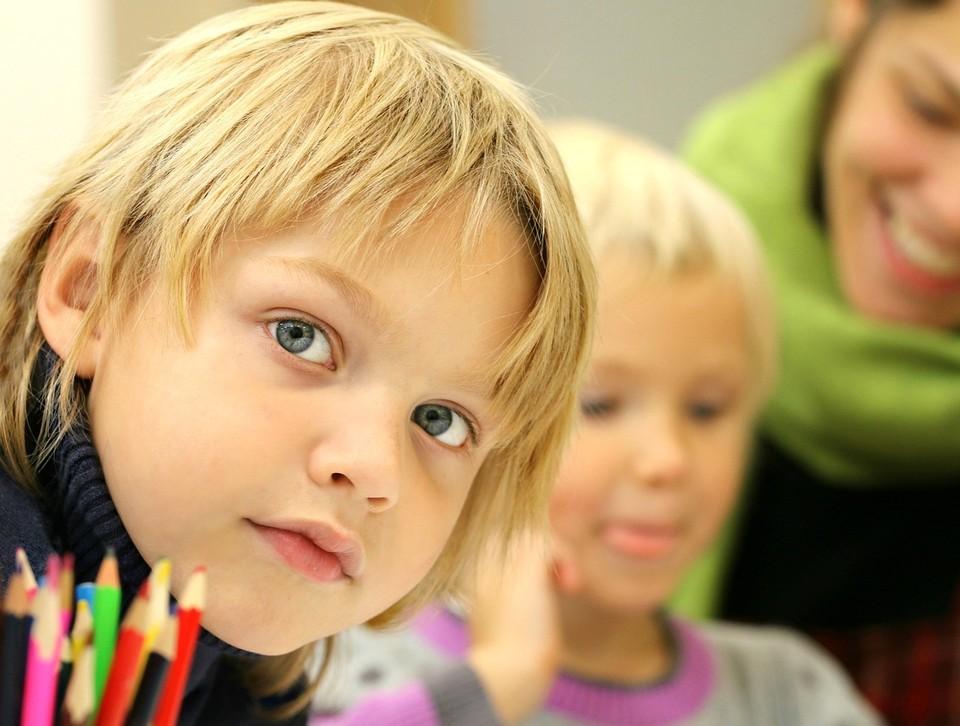 О том, как подготовить ребенка к школе дает советы практический детский психолог Ольга Анищенкова.