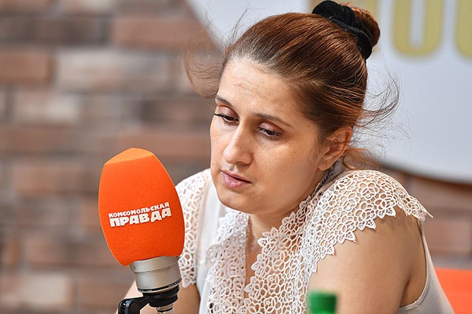 Мама девочек Аурелия Дундук, уверяет: она не знала о том, что происходило дома после ее ухода из семьи