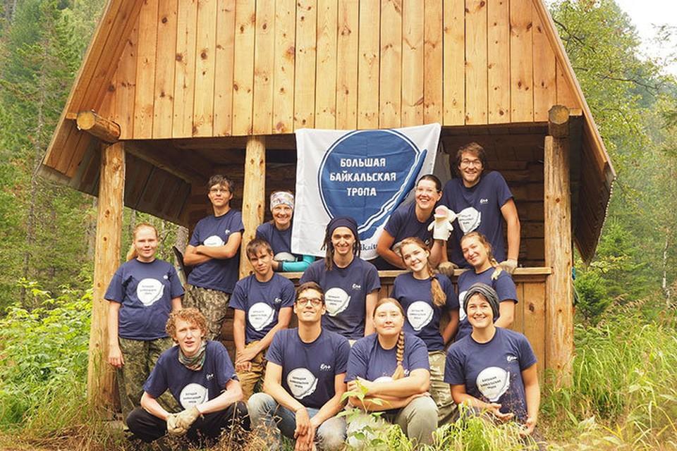 За 15 лет существования ББТ волонтерами проекта стали 5000 человек. Фото: Архив ассоциации «Большая Байкальская Тропа»