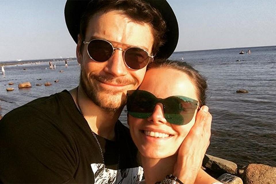 У 36 летнего Максима Матвеева и 32-летней Елизаветы Боярской, которые женаты уже 8 лет, есть шестилетний сын Андрей