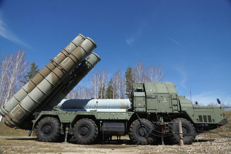 Как же много шороха в мире наделало заявление Сергея Шойгу о том, что Россия в ответ на трагедию с Ил-20 поставит в Сирию зенитно-ракетные комплексы С-300