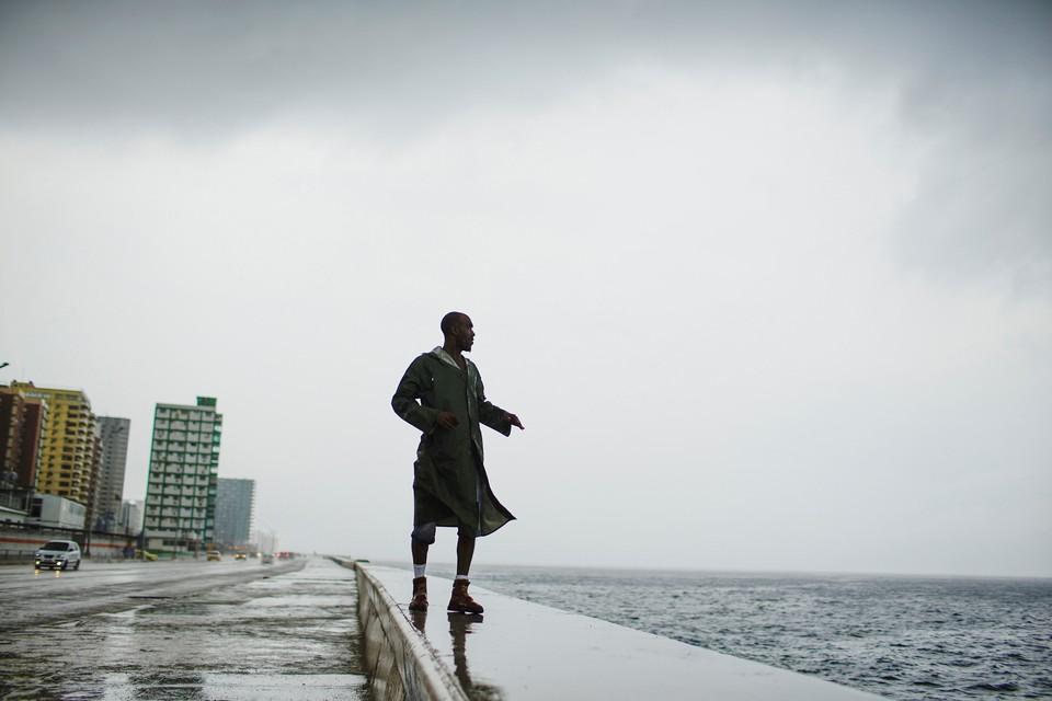 """Ураган """"Майкл"""" у берегов Кубы."""